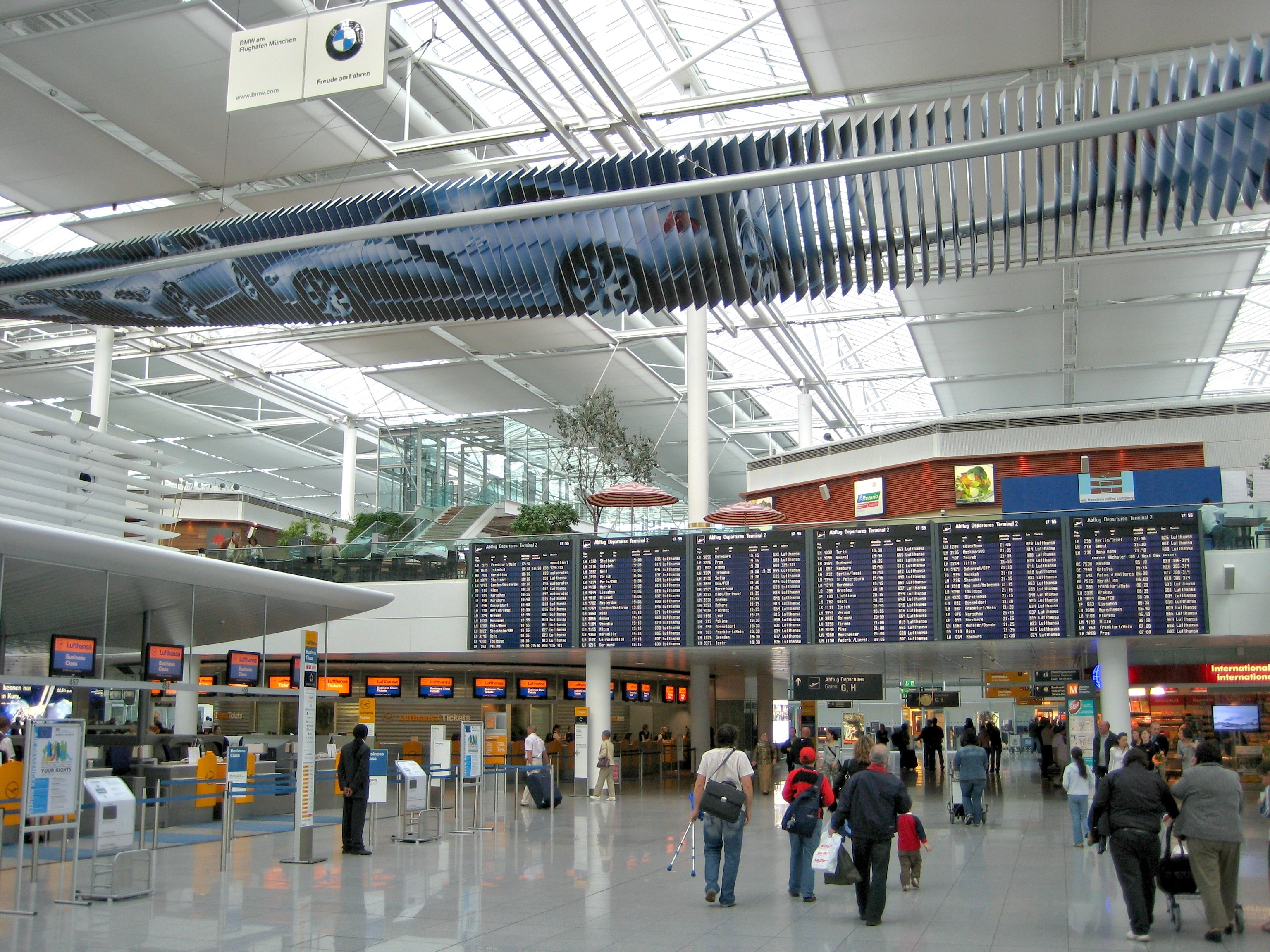 Munich_Airport_T2_L4_check_in_1