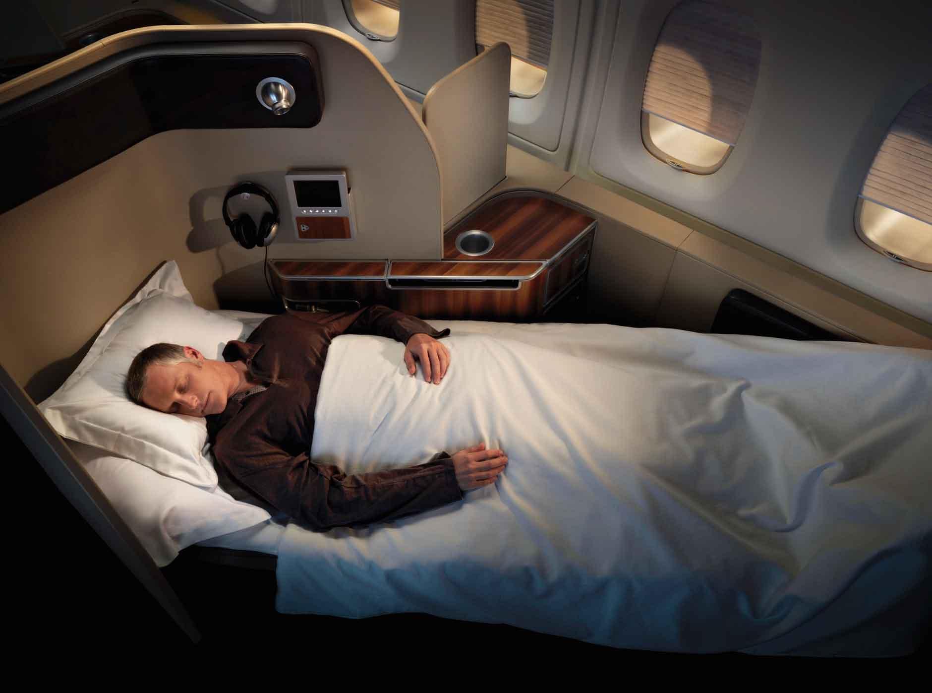 Qantas-Airways-First-Class-Cabin